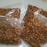 250gr kacang almond oven panggang roasted original usa repack murah