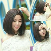Wig Rambut Palsu Wanita Model Pendek Lurus Untuk Cosplay