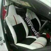 cover jok mobil brio hitam putih