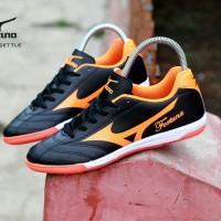 sepatu futsal mizuno grade ori / sepatu mizuno fortuna hitam orange