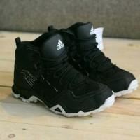 SEPATU SNEAKERS ADIDAS AX2 HIGH BLACK WHITE NEW