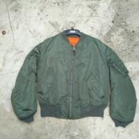 bomber jacket alpha industri size Large