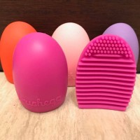 Brushegg / Brush Egg Cleaner / Silicone Sponge solid