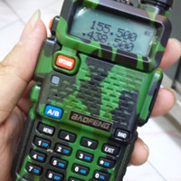 HT HANDY TALKIE BAOFENG UV5R DUAL BAND VHF-UHF ARMY SERIES