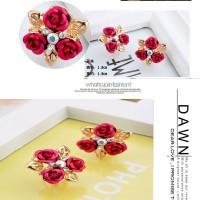 Anting Import Jepit Cuff Tusuk Bunga Mawar Triple Merah