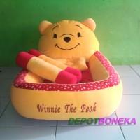 Kasur bayi karakter boneka winnie the pooh polkadot