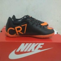 Sepatu futsal anak nike cr7 hitam list orange size 33-37