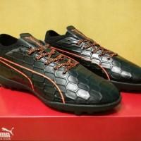 (Murah) Sepatu Futsal Puma evoTOUCH 3 Black Orange - TURF