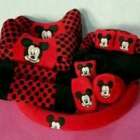 Car Seat Mobil/Bantal 9 in 1 Motif Mickey Mouse Merah Bintik Hitam
