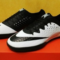 (Dijamin) Sepatu Futsal Nike Elastico Finale III White Black