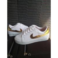 Sepatu Kets Replika Nike Putih EMAS