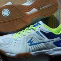Size 37. EAGLE ECLIPSE Original, Sepatu badminton. Sepatu bulutangkis
