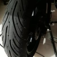 Ban Motor Kawasaki Ninja 250 5 inch Michelin pilot