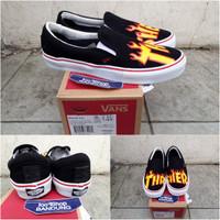 Vans Slip On Pro x THRASHER Black White BNIB (Free tas sepatu)