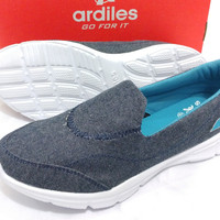 sepatu wanita slip on Ardiles odile navy