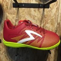 Sepatu futsal specs original Apache in dark red/solar slime Import