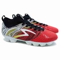 Sepatu Sepak Bola Specs Heritage - Emperor Red/Gold/White