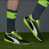 DISKON ORIGINAL Sepatu Futsal Puma Evotouch 3 IT Black Volt