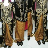 Baju kebaya pengantin jawa pasangan kumplit dengan sendal