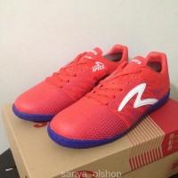 WE196/Sepatu Futsal Specs Apache IN Red Poppy 400567 Original BNIB
