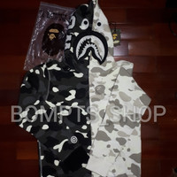 Bape Hoodie Black And White Camo Glow In The Dark perfect 1:1 quality
