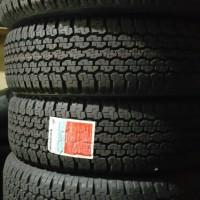 Ban Mobil Bridgestone 215/70R15 D689 Elf Taruna Innova