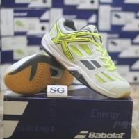 new sepatu badminton babolat shadow club unisex white