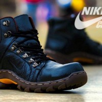 Sepatu Boot Safety Pria Nike Crack Genuine Leather Outdoor Tracking