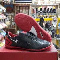 Sepatu Futsal EAGLE | Oscar | Black-Red