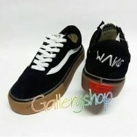 Sepatu Cowok Vans Golfwang Skate Hitam Merah Coklat Biru Kado Cowok