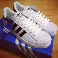 Sepatu Kets Adidas Superstar Replika Warna Putih List Hitam Termurah