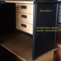 Meja Kantor Kerja Laci 3 Staff Manager model UNO Modera 3 Laci LIST