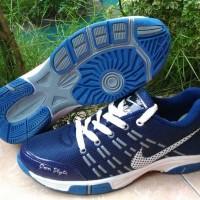 sepatu badminton/volly nike airmax biru dongker