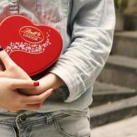 Lindt Swarovski Crystal Heart Chocolate Tin Coklat Cokelat Valentine