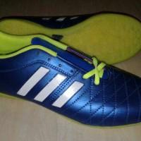 sepatu futsal ADIDAS big size 44 45 46
