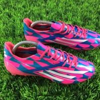 sepatu soccer adidas adizero f50 biru pink fg grade ori import