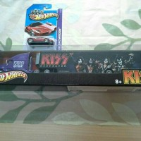 hot wheels TOUR HAULERS KISS LIMITED EDITION