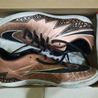 Sepatu Futsal - Nike Hypervenom Phantom 2 - Gold Edition