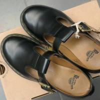 Sepatu Boots Dr. Martens Polley Black Noir Shoes/ DocMart ORIGINAL/