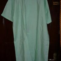 baju pasien/baju orang sakit.
