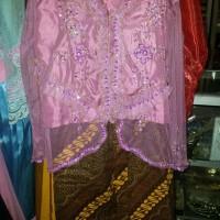 pakaian adat baju sunda perempuan