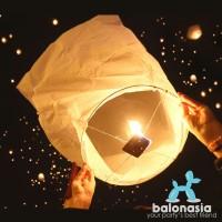 Sky Lantern / Lampion Terbang Berwarna