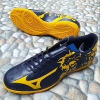 Sepatu Futsal Mizuno Ryuou Peacoat Gold Fushion Original