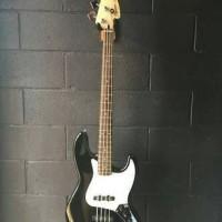 Gitar Bass Elektrik Squier Affinity Jazz Bass