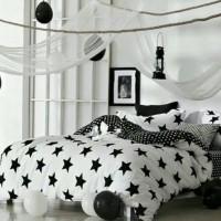 bed cover set motif bintang warna hitam putih ukuran 160x200