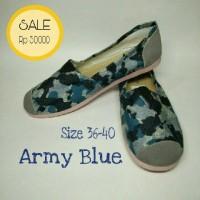 Sepatu Kanvas Wanita Army Blue (like wakai/vans/toms)