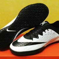 Terlaris Sepatu Futsal Nike Elastico Finale III White Black