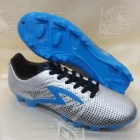 sepatu bola futsal specs apache warna silver ORIGINAL