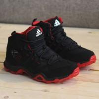 sepatu adidas ax2 hight black red size.39-44 import made in vietnam