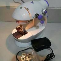 mesin jahit mini + lampu / mini sewing machine / mesin jahit unik